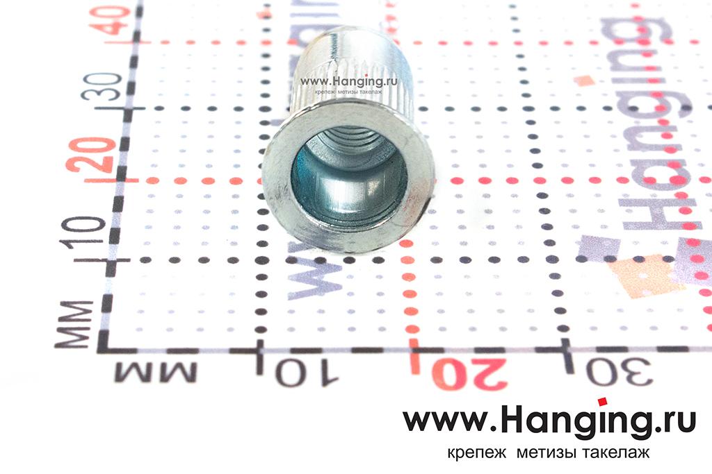 Размеры резьбовых заклепок М6х17 цилиндрической формы с насечками с потайным бортиком из стали