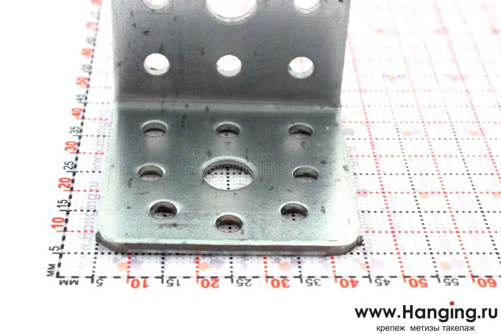 Размеры сторон уголка монтажного 40*40*40*2 мм