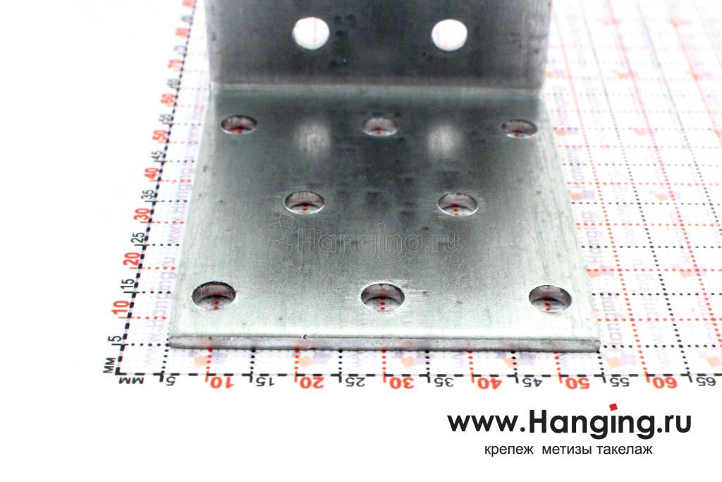 Размеры сторон уголка перфорированного 60х60х50