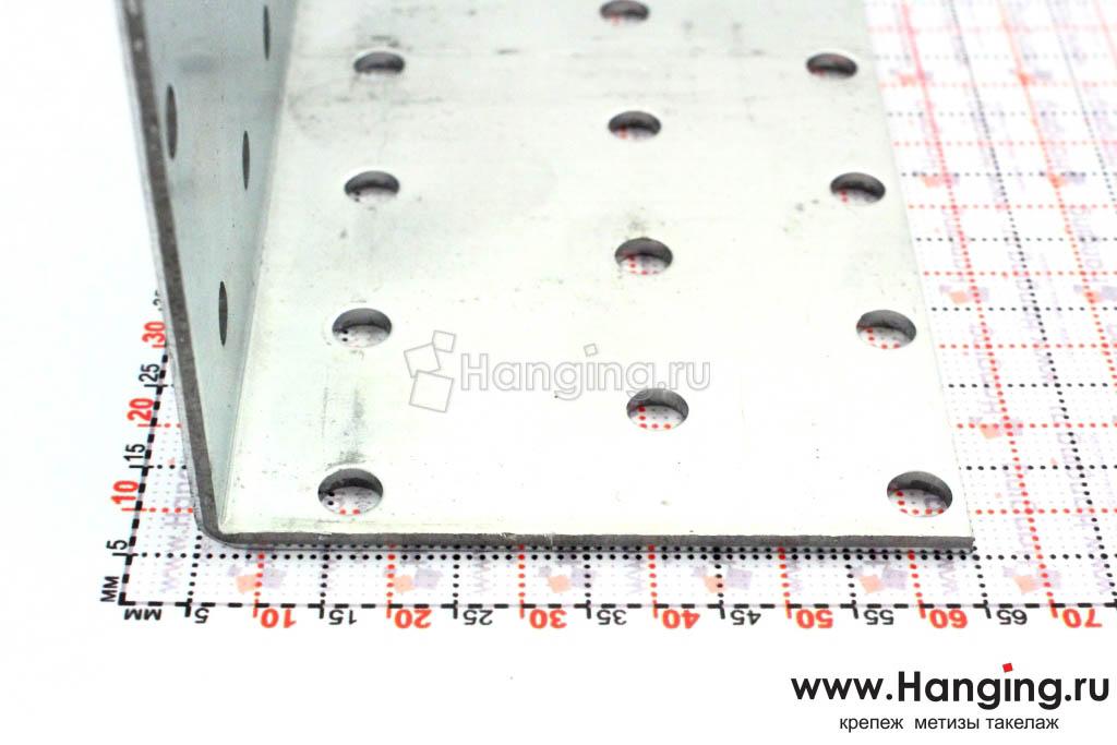 Размеры сторон уголка перфорированного 60х60х80