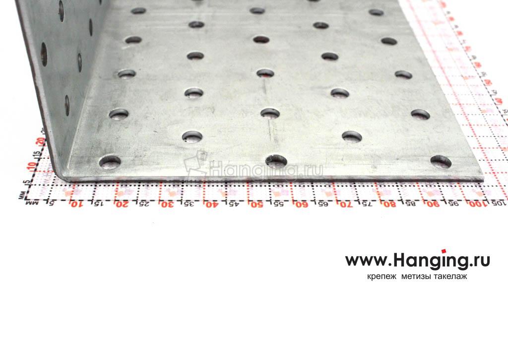 Размеры сторон уголка перфорированного 100х100х100
