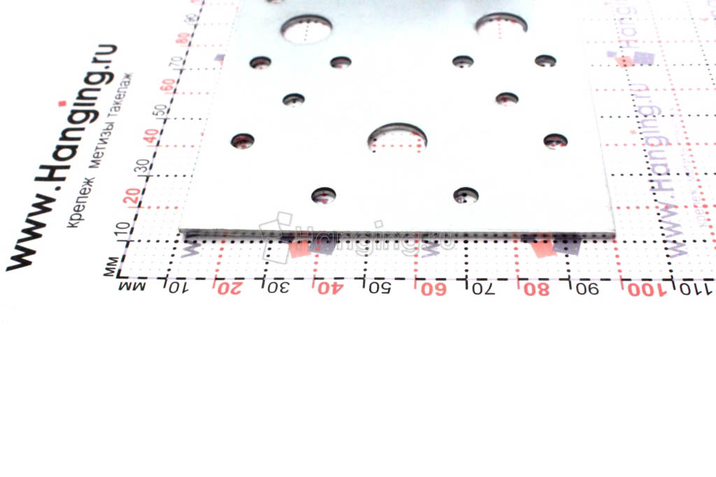 Размеры отверстия монтажного ассиметричного уголка 150х60х90х2