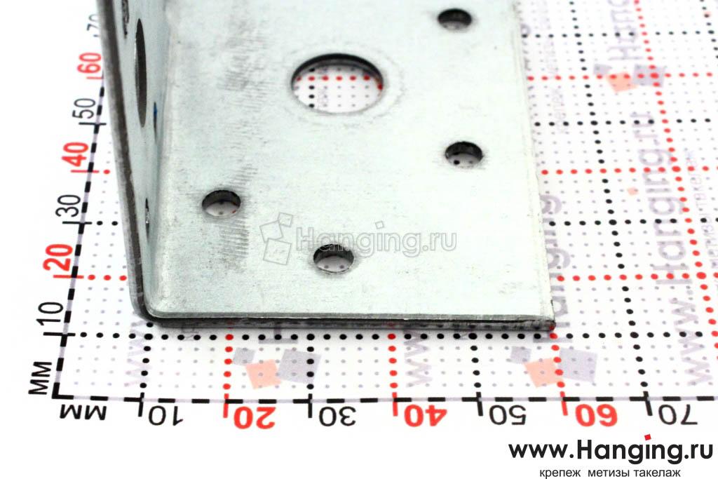 Отверстия перфорированного уголка z-образного 105х55х55х90х2