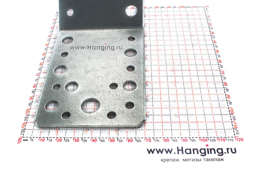 Размеры крепежного уголка под 135 градусов 90х90х65х2