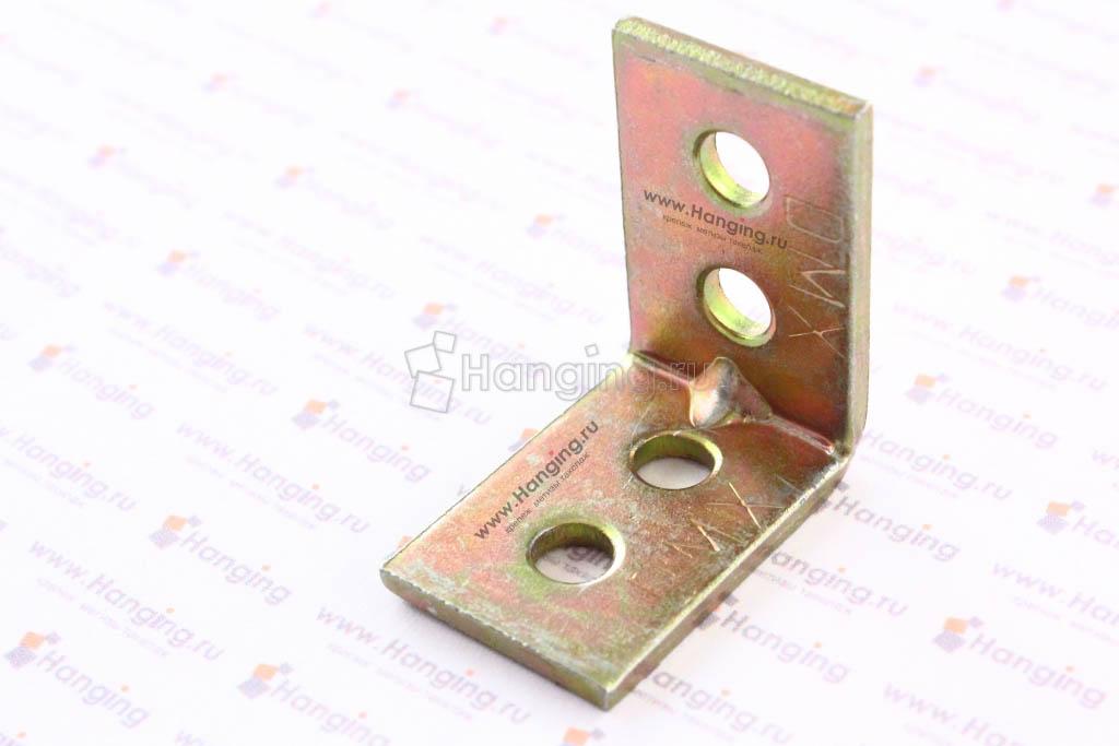 Уголок перфорированный 25 на 25 мм толщиной 1,5 мм шириной 17 мм