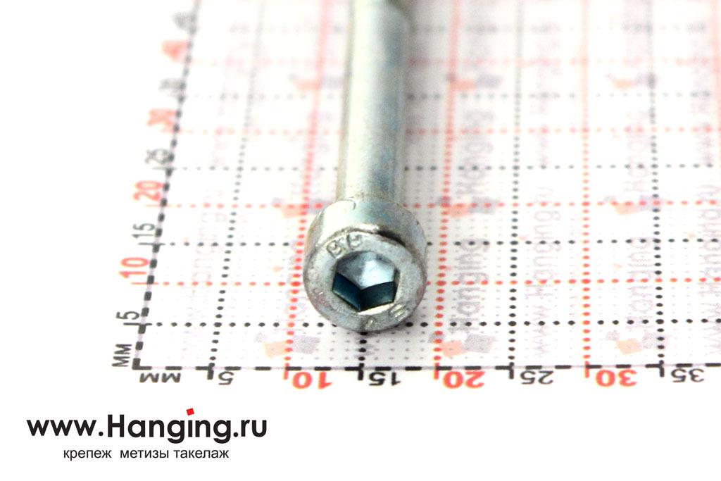 Головка болтов М5х55 оцинкованных с шестигранником класса прочности 8.8 DIN 912