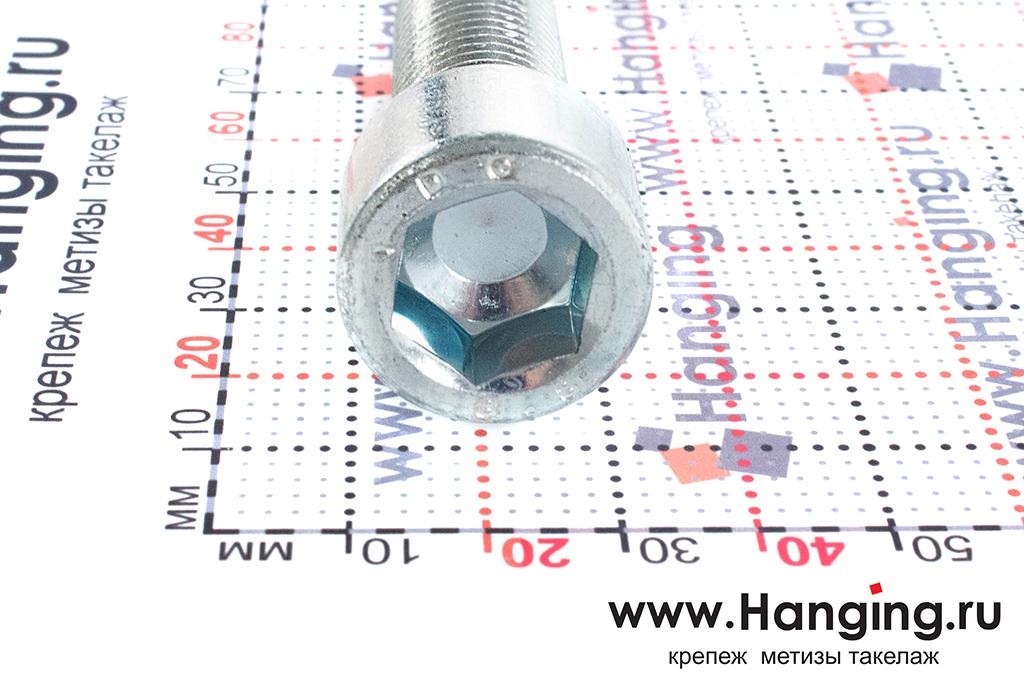 Головка болтов М16х45 оцинкованных с шестигранником класса прочности 8.8 DIN 912