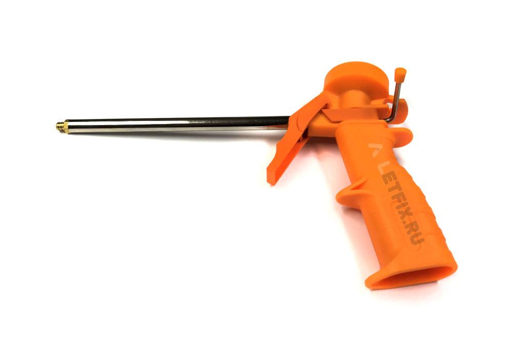 Недорогой бюджетный пистолет для монтажной пены